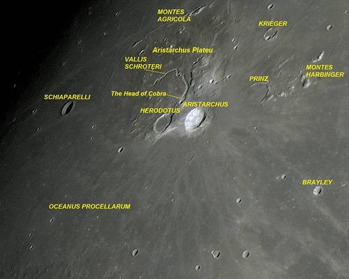 Cratera Aristarchus, o platô de Aristarchus e o grande Vallis Schröteri